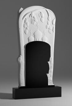Памятник Храм с березой